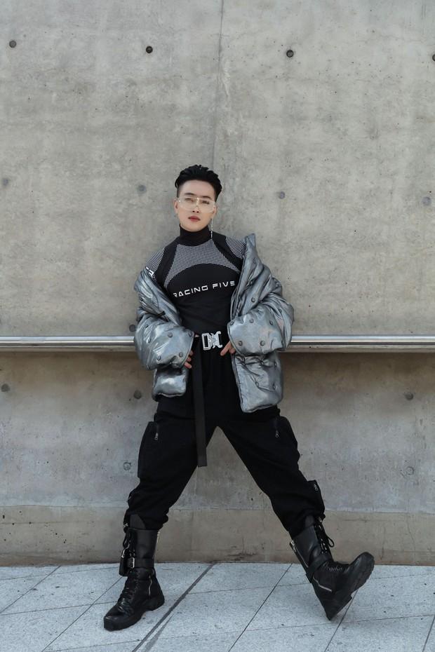 Nhìn thanh niên chất chơi được vây quanh tại Seoul Fashion Week, có ai nhận ra đây là TiTi (HKT)? - Ảnh 6.