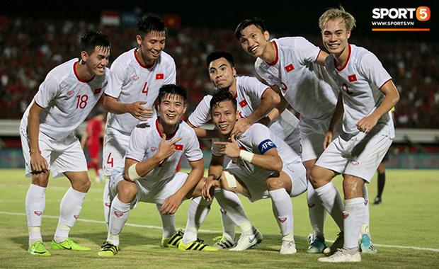 Indonesia 1-3 Việt Nam: Giành chiến thắng thuyết phục ngay trên sân đối phương, thầy trò HLV Park Hang-seo tiếp tục bay cao tại vòng loại World Cup - Ảnh 3.