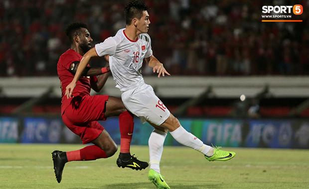 Indonesia 1-3 Việt Nam: Giành chiến thắng thuyết phục ngay trên sân đối phương, thầy trò HLV Park Hang-seo tiếp tục bay cao tại vòng loại World Cup - Ảnh 2.