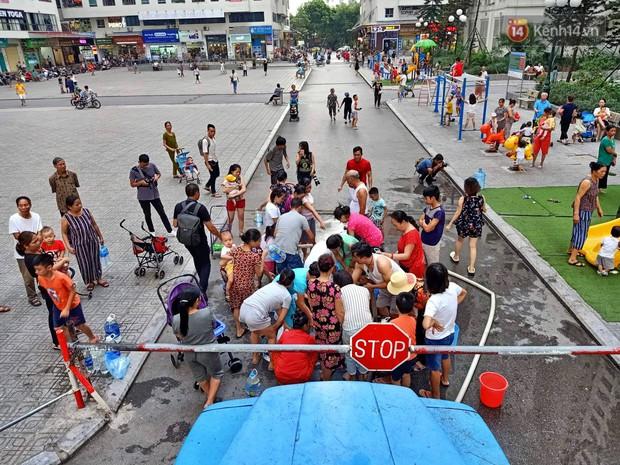 Người già, trẻ nhỏ tại khu đô thị HH Linh Đàm bị tiêu chảy, bệnh ngoài da nghi do sử dụng nước từ nhà máy Sông Đà - Ảnh 1.