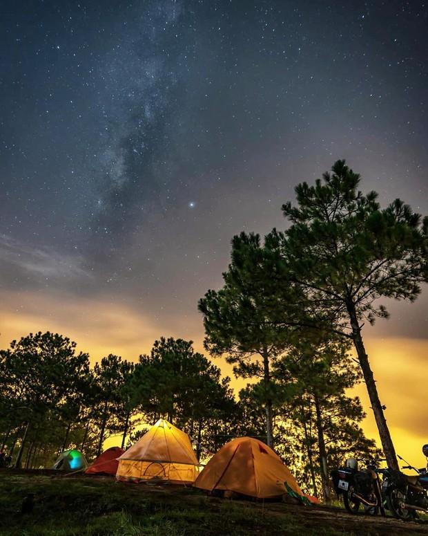 Rủ crush lên Đà Lạt cắm trại qua đêm trên đỉnh đồi, trải nghiệm hoàn toàn xứng đáng mà tuổi trẻ nhất định phải thử! - Ảnh 8.
