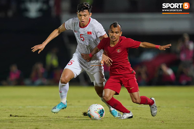 Báo Indonesia: Kỷ lục 28 năm bất bại tan tành, đội bóng của chúng ta bị Việt Nam hạ nhục! - Ảnh 2.