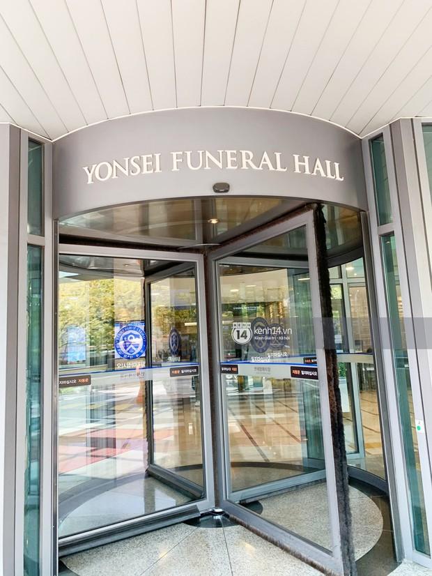 Độc quyền từ Hàn Quốc: Hé lộ thời gian chính xác lễ tang của Sulli, dàn vệ sĩ bảo vệ nghiêm ngặt trước giờ G - Ảnh 12.