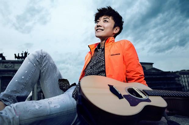 Ngày buồn không kém của Cbiz: Kiều Nhậm Lương tự tử vì trầm cảm ở tuổi 29, hôm nay fan tổ chức sinh nhật màu hồng cho anh - Ảnh 10.
