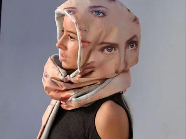 Muôn hình vạn trạng kiểu thời trang kinh dị nhằm đánh lừa camera nhận diện gương mặt trên phố - Ảnh 9.