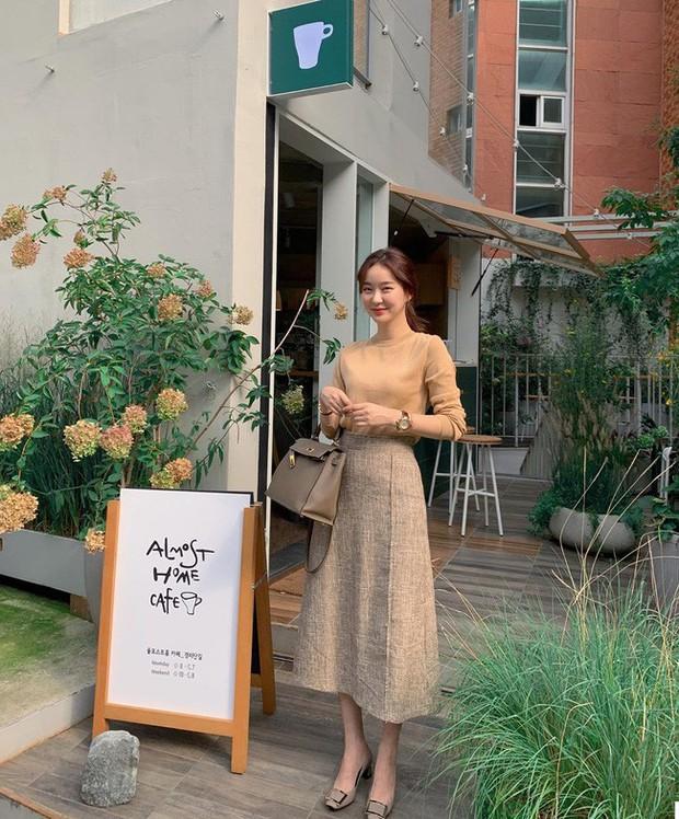 Tham khảo ngay 12 set đồ đón gió mùa về từ các quý cô Châu Á - Ảnh 10.