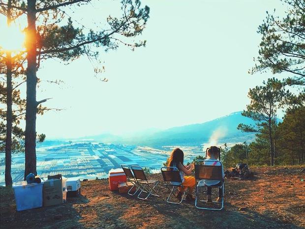 Rủ crush lên Đà Lạt cắm trại qua đêm trên đỉnh đồi, trải nghiệm hoàn toàn xứng đáng mà tuổi trẻ nhất định phải thử! - Ảnh 13.