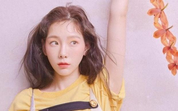 Khiến fan vô cùng lo lắng sau khi Sulli tự tử, đây là động thái mới nhất của Taeyeon! - Ảnh 3.