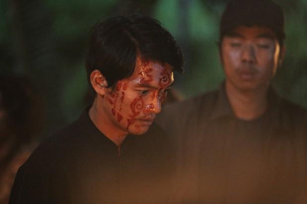 Đạo diễn Thất Sơn Tâm Linh phân trần về bản kiểm duyệt: Tôi rất buồn, khóc nhiều vì vô số cảnh đắt giá không còn nữa - Ảnh 13.
