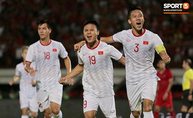 Sau trận đấu đáng quên của đội nhà, báo hàng đầu Trung Quốc phải thừa nhận trong cay đắng: Tuyển Việt Nam mạnh hơn chúng ta thật rồi - Ảnh 2.