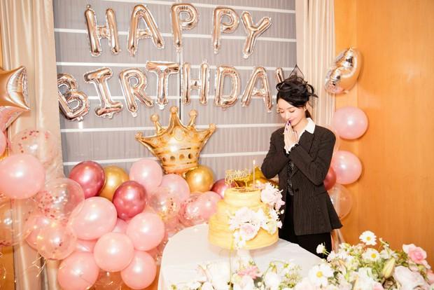 Triệu Lệ Dĩnh đón sinh nhật tuổi 32, Phùng Thiệu Phong hoàn toàn vắng mặt mà chỉ có 1 hành động duy nhất - Ảnh 4.