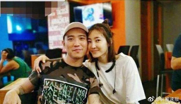 Chỉ 2 tháng lộ ảnh có bạn trai hậu chia tay Lâm Canh Tân, Vương Lệ Khôn đã vội vàng đi đăng ký kết hôn? - Ảnh 1.