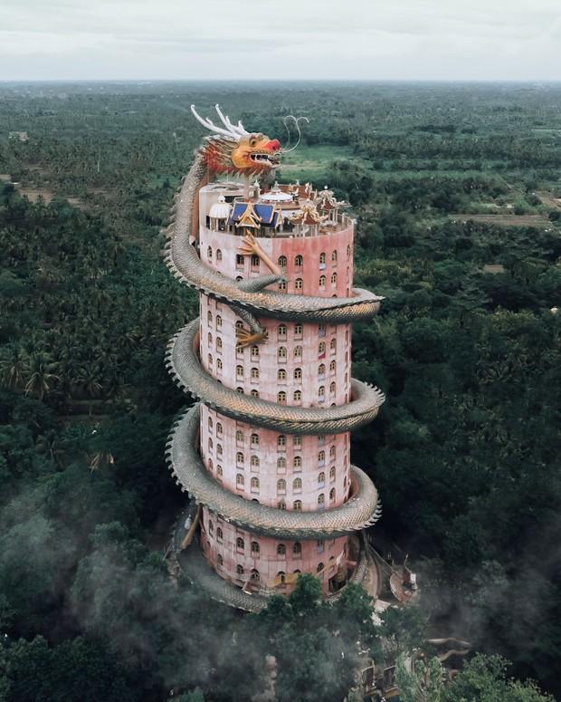 Nhìn loạt ảnh đẹp lộng lẫy của những ngôi đền châu Á này, dân mạng phải tự hỏi: Có thật ngoài đời ư? - Ảnh 1.