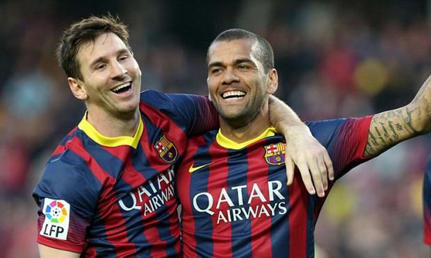 Cầu thủ giành nhiều danh hiệu nhất thế giới và cuộc sống người giàu cũng khóc ở thủ đô Paris - Ảnh 1.