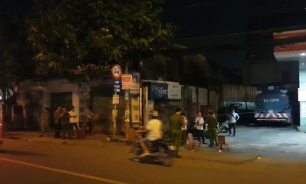 Bắt đối tượng đâm chết người sau va chạm giao thông trước cây xăng ở Sài Gòn - Ảnh 1.