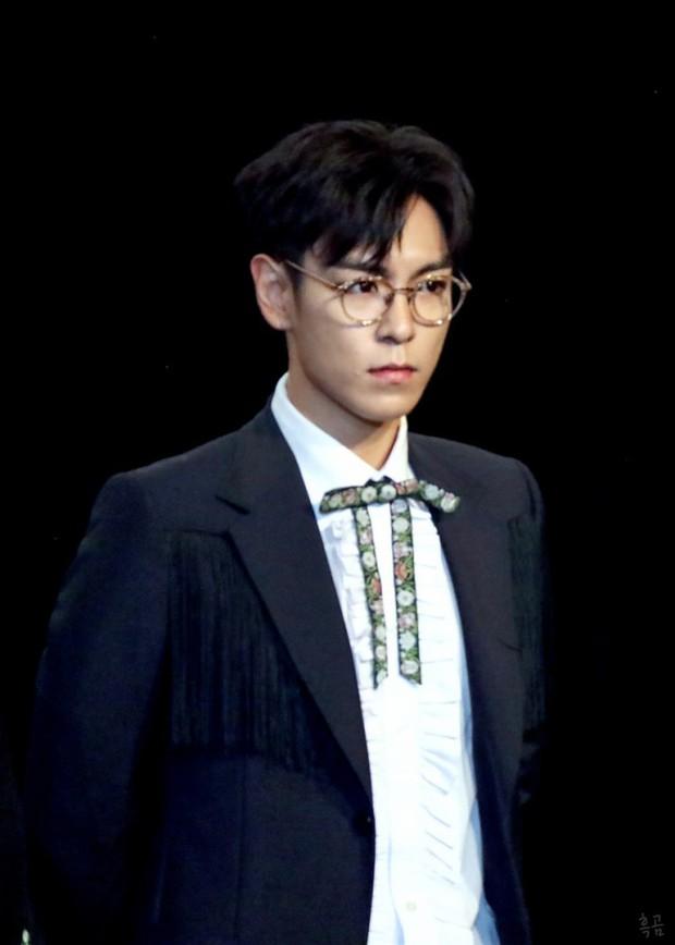 Sau khi tung hint come back, T.O.P (BIGBANG) bất ngờ chia sẻ Bình luận độc hại chính là giết người, ám chỉ chuyện của Sulli? - Ảnh 2.