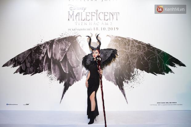 Thuỳ Dương cầm đầu đội quân mọc sừng, trai đẹp Lãnh Thanh cũng phải lép vế ở thảm đỏ Maleficent 2 - Ảnh 9.