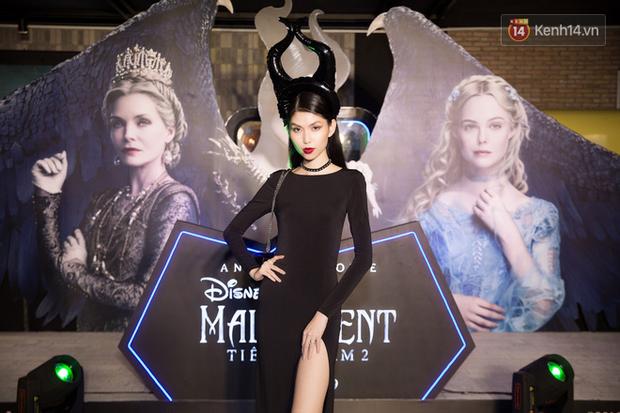 Thuỳ Dương cầm đầu đội quân mọc sừng, trai đẹp Lãnh Thanh cũng phải lép vế ở thảm đỏ Maleficent 2 - Ảnh 2.