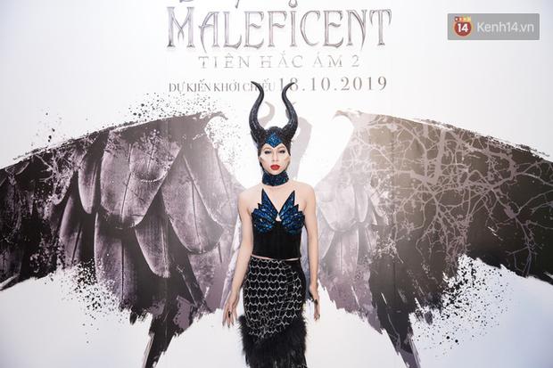 Thuỳ Dương cầm đầu đội quân mọc sừng, trai đẹp Lãnh Thanh cũng phải lép vế ở thảm đỏ Maleficent 2 - Ảnh 10.