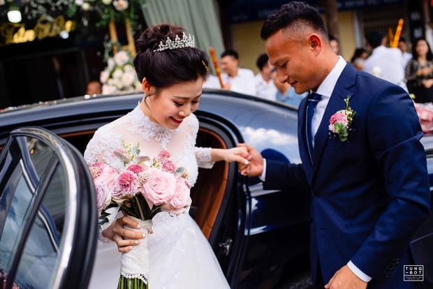 Hot nhất hôm nay là câu nịnh vợ của hậu vệ tuyển Việt Nam: Bali rất xinh đẹp nhưng không bằng vợ anh - Ảnh 3.