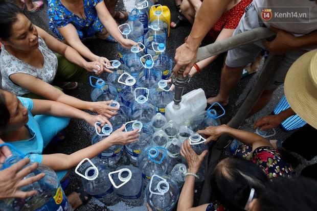Bộ Công an khẩn trương điều tra vụ ô nhiễm nguồn nước sạch sông Đà - Ảnh 1.