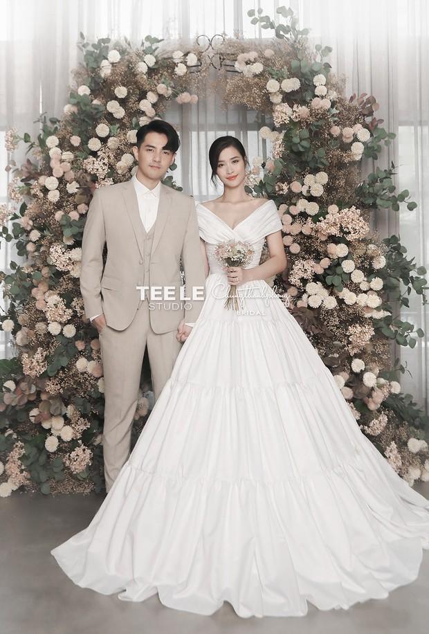 HOT: Đông Nhi - Ông Cao Thắng tung trọn bộ ảnh cưới đẹp long lanh trước ngày chính thức về chung một nhà - Ảnh 1.
