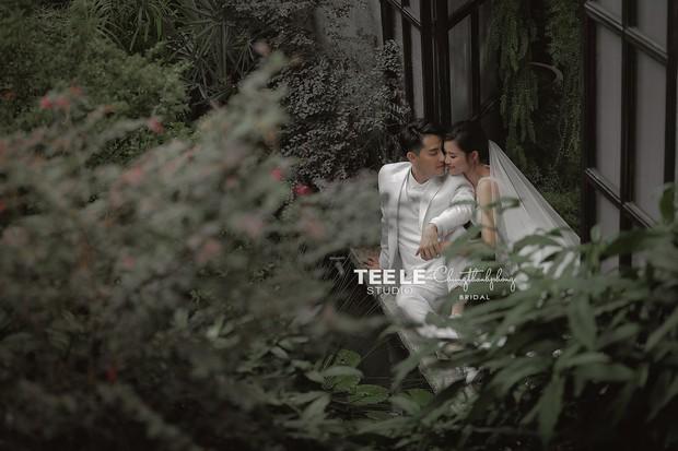 HOT: Đông Nhi - Ông Cao Thắng tung trọn bộ ảnh cưới đẹp long lanh trước ngày chính thức về chung một nhà - Ảnh 9.