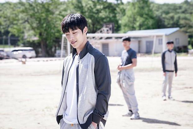 Nam thần đẹp lạ đang lên Woo Do Hwan: Có tài không ngại thử thách, được kì vọng sẽ là thế hệ diễn viên hạng A tương lai - Ảnh 4.