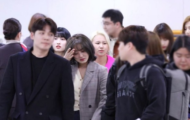 2019 - năm đáng sợ nhất của showbiz Hàn: Bí mật kinh thiên động địa bị phơi bày, những cái chết khiến dư luận bàng hoàng - Ảnh 7.