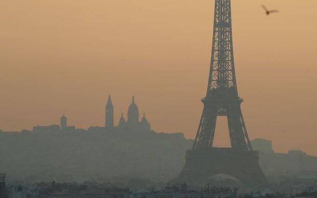 Ô nhiễm không khí làm 400.000 người chết sớm tại châu Âu - Ảnh 1.