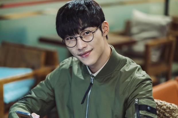 Nam thần đẹp lạ đang lên Woo Do Hwan: Có tài không ngại thử thách, được kì vọng sẽ là thế hệ diễn viên hạng A tương lai - Ảnh 6.