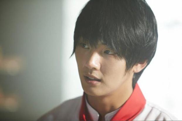Vua bánh mì Yoon Shi Yoon có tìm lại hào quang khi hóa thân thành JOKER phiên bản Hàn? - Ảnh 1.
