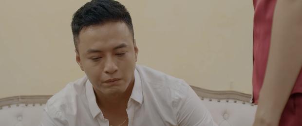 Nghiệp quật Thái tới tấp, hết nợ xấu lại đến bị công nhân quay lưng trong preview Hoa Hồng Trên Ngực Trái tập 22 - Ảnh 7.