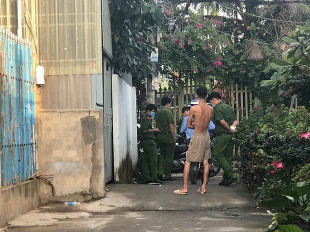 Hé lộ nguyên nhân người đàn ông bị bắn xuyên đầu tử vong ở Sài Gòn - Ảnh 2.
