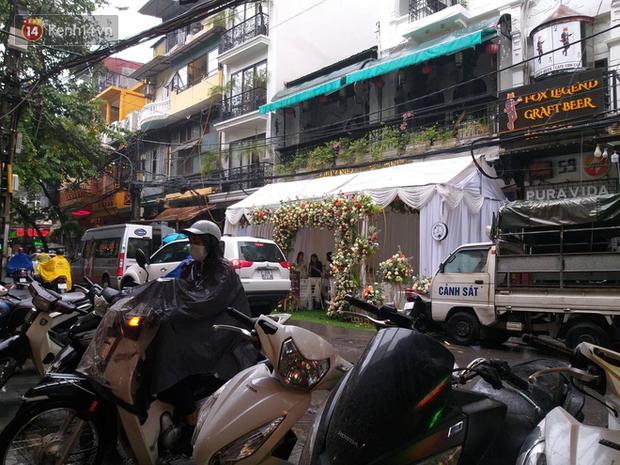 HOT: Lưu Đê Ly tổ chức lễ ăn hỏi cùng người đàn ông từng khiến cô chịu tiếng Tuesday trên phố Hàng Buồm - Ảnh 10.