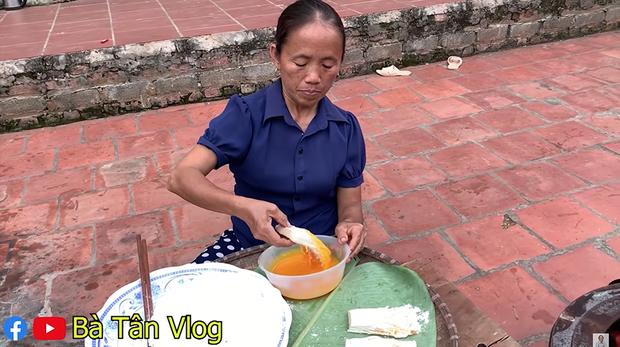 Giữa giông bão lùm xùm, Bà Tân Vlog vẫn ra clip mới, đại diện truyền thông tiết lộ không dám cho bà đọc bất cứ bình luận nào - Ảnh 3.