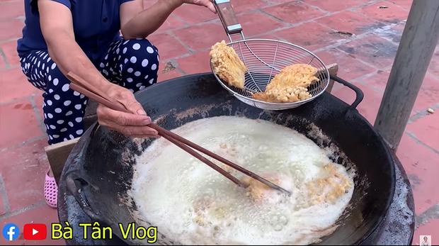 Giữa giông bão lùm xùm, Bà Tân Vlog vẫn ra clip mới, đại diện truyền thông tiết lộ không dám cho bà đọc bất cứ bình luận nào - Ảnh 5.