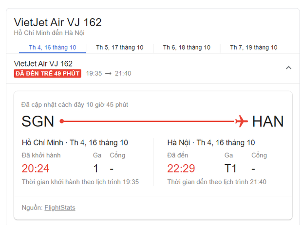 Chuyến bay về Hà Nội của đội tuyển Việt Nam bị delay 50 phút, thầy trò rủ nhau chụp ảnh check-in cực vui - Ảnh 2.