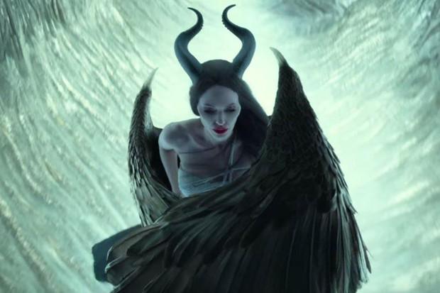 Giả thuyết Maleficent quyền lực cũng là một nạn nhân của căn bệnh trầm cảm? - Ảnh 2.
