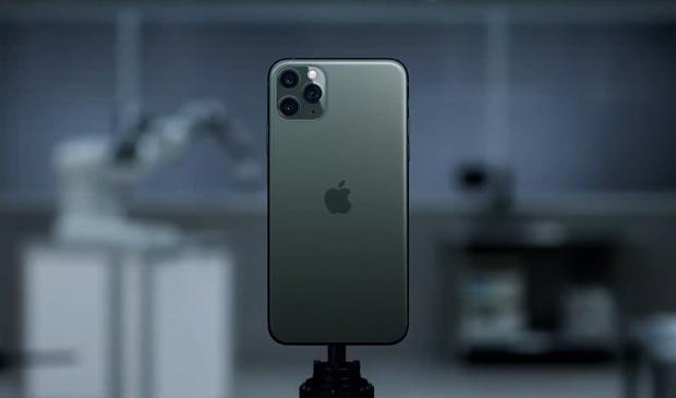 Giật mình với chi phí rẻ mạt để làm ra một chiếc iPhone 11 Pro Max trước khi bán với giá 1500 USD - Ảnh 1.