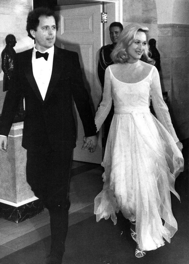Meryl Streep - Người phụ nữ đức hạnh của Hollywood: Chuyện tình yêu 40 năm đẹp hơn cổ tích với bí quyết vàng - Ảnh 12.