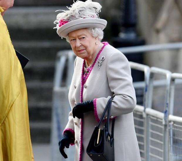Nữ hoàng Anh vừa đăng tuyển quản gia mới, công việc hào nhoáng nhưng mức lương khiến ai nghe xong cũng phải giật mình - Ảnh 1.