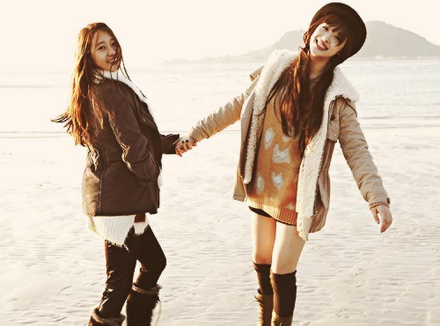 Người cô độc nhất SM chính là Krystal: chị gái Jessica, thành viên f(x) đều rời công ty; phải chứng kiến người anh Jonghyun và bạn thân Sulli ra đi mãi mãi - Ảnh 7.