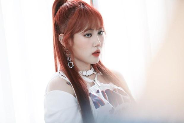 """Rời JYP chưa bao lâu, nữ idol đình đám khiến công chúng choáng váng với vòng 1 """"phồng to"""" đến lạ kỳ - Ảnh 3."""