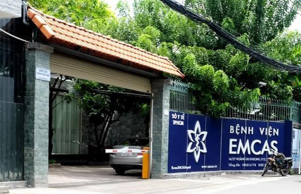Bệnh viện thẩm mỹ EMCAS lên tiếng vụ người phụ nữ 33 tuổi tử vong sau khi nâng ngực - Ảnh 1.