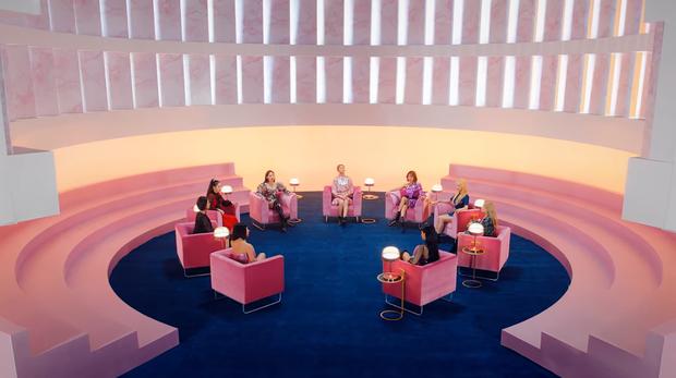 TWICE phát hành MV Nhật đủ 9 thành viên: Center Nayeon bị cho ra rìa nhưng bí ẩn hơn là màn thoắt ẩn thoắt hiện của Mina - Ảnh 3.