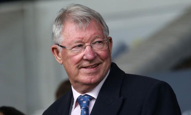 Sốc nặng: Huyền thoại Sir Alex Ferguson bị tố tham gia bán độ, bên mua độ tặng đồng hồ 38 nghìn USD để cảm ơn - Ảnh 1.