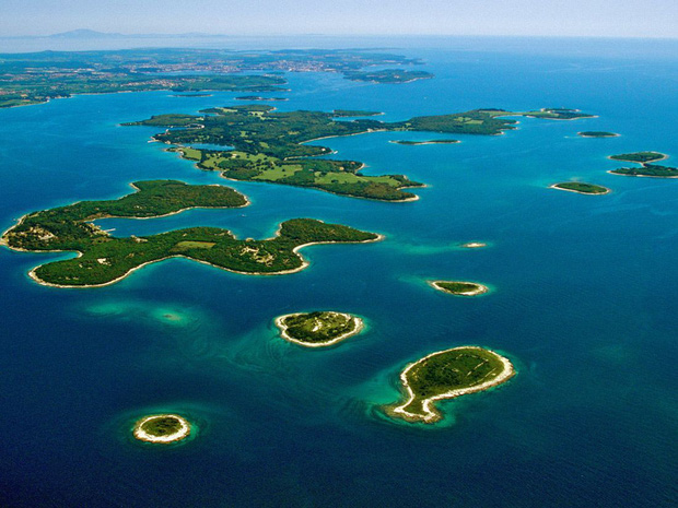 """Hòn đảo hình chú cá bé xinh đang khiến du khách toàn cầu truy tìm, nhưng ai cũng phải """"dè chừng"""" khi biết nơi này ẩn chứa 1 bí mật từ thời cổ đại - Ảnh 4."""