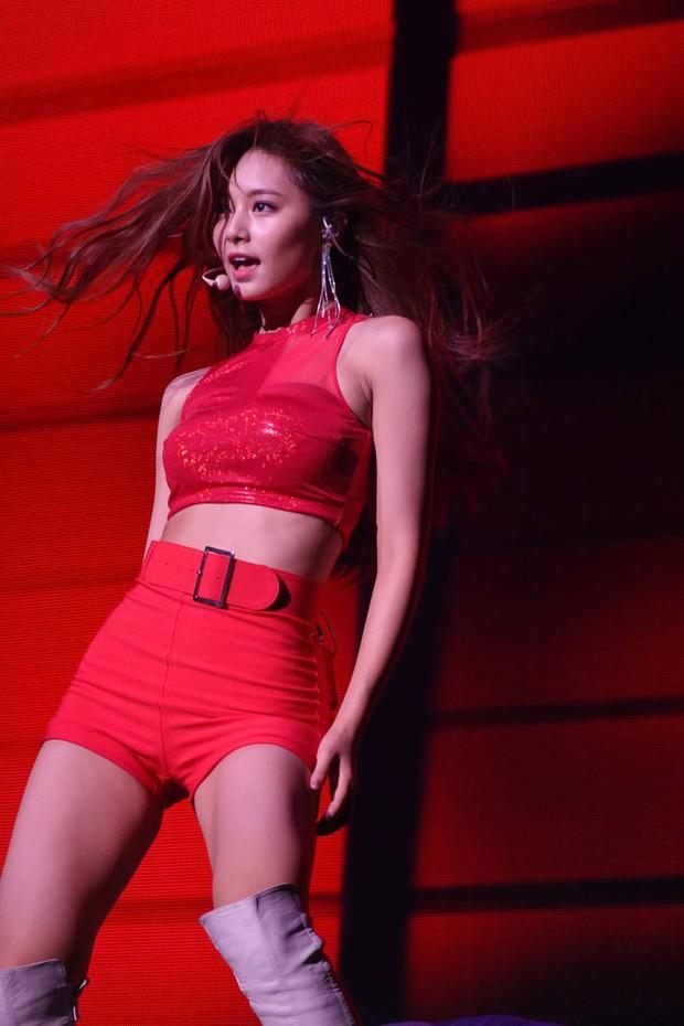 Photoshop ảnh tóc ngắn cho nữ thần sắc đẹp Tzuyu (TWICE), fan mất luôn máu vì visual sexy bùng nổ của cô nàng - Ảnh 4.