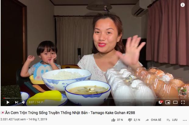 """Chẳng cần đầu tư clip """"siêu to khổng lồ"""", đây là 5 lý do khiến YouTuber ẩm thực Quỳnh Trần JP gây bão MXH - Ảnh 6."""